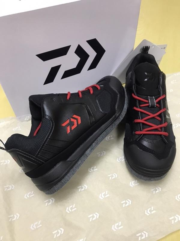 《嘉嘉釣具》💥Daiwa DS-2602 毛氈釘鞋 磯釣鞋 防滑鞋