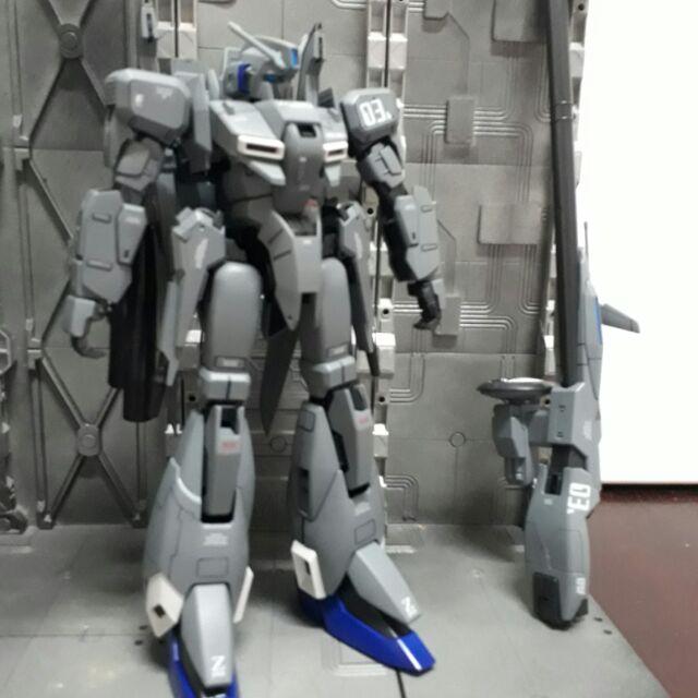 GUNDAM 鋼彈模型Z PLUS C1組裝塗裝完成品MG版