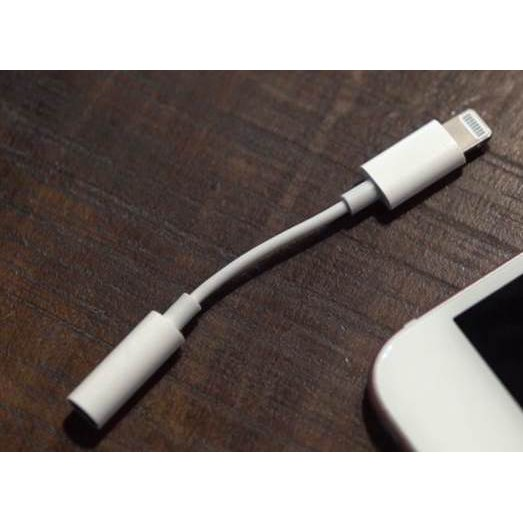 二手 蘋果 原廠 Apple Lightning 對 3.5mm 耳機插孔轉接器 耳機轉接頭 轉接頭