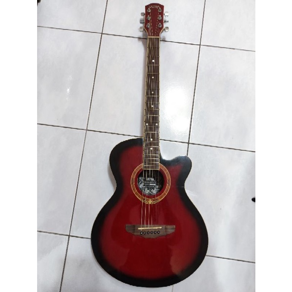 Ultra b236 吉他