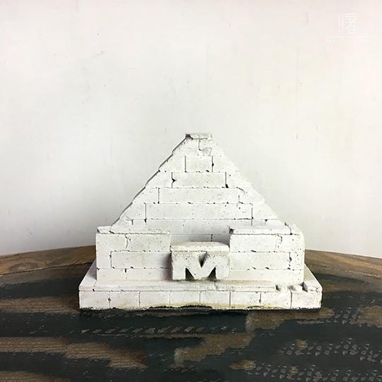 【曙】金字塔水泥磚塊名片座 英文字母 裝飾 擺飾loft 工業風 咖啡廳 民宿 餐廳 住家 設計