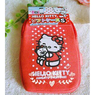 日本限定 ✨ 三麗鷗 hello kitty 隨身 方型 防摔 海綿 相機 手機 保護套 收納包 相機包 零錢包 鑰匙包 嘉義縣