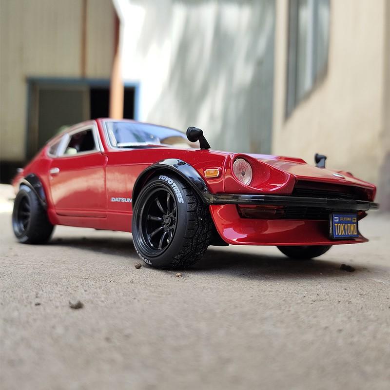 【YIWANG】美馳圖 1:18 日產1971尼桑240Z 仿真合金汽車模型 玩具禮品