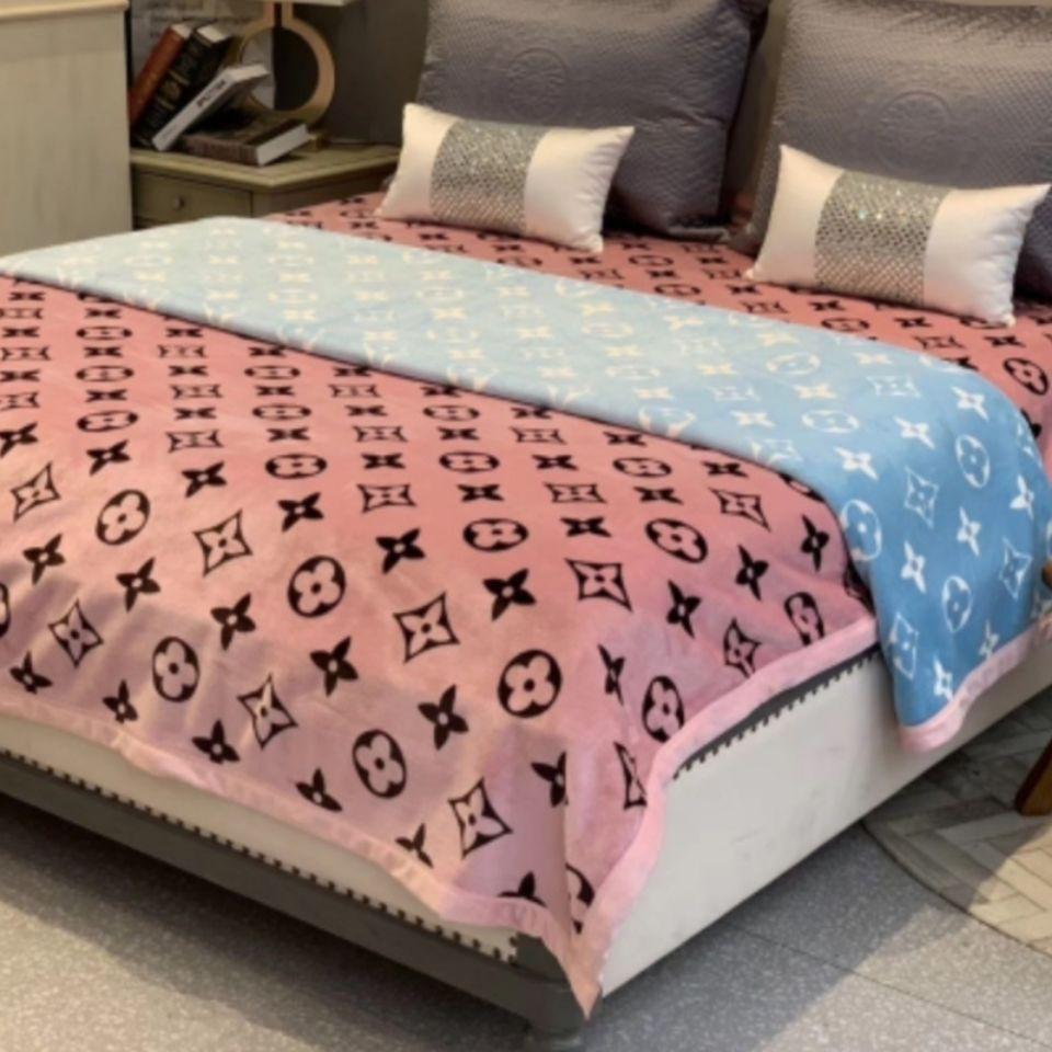 👉大牌毛毯👉▨Dior 香奈兒 LV 愛馬仕 Hermes burberry gucci 大牌毛毯 粉色輕奢毛毯雙層