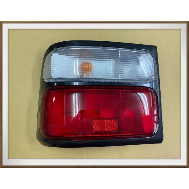 【帝益汽材】豐田 TOYOTA 中型巴士 COASTER 03~16年 後燈 尾燈 煞車燈 後方向燈《另有賣大燈、霧燈》