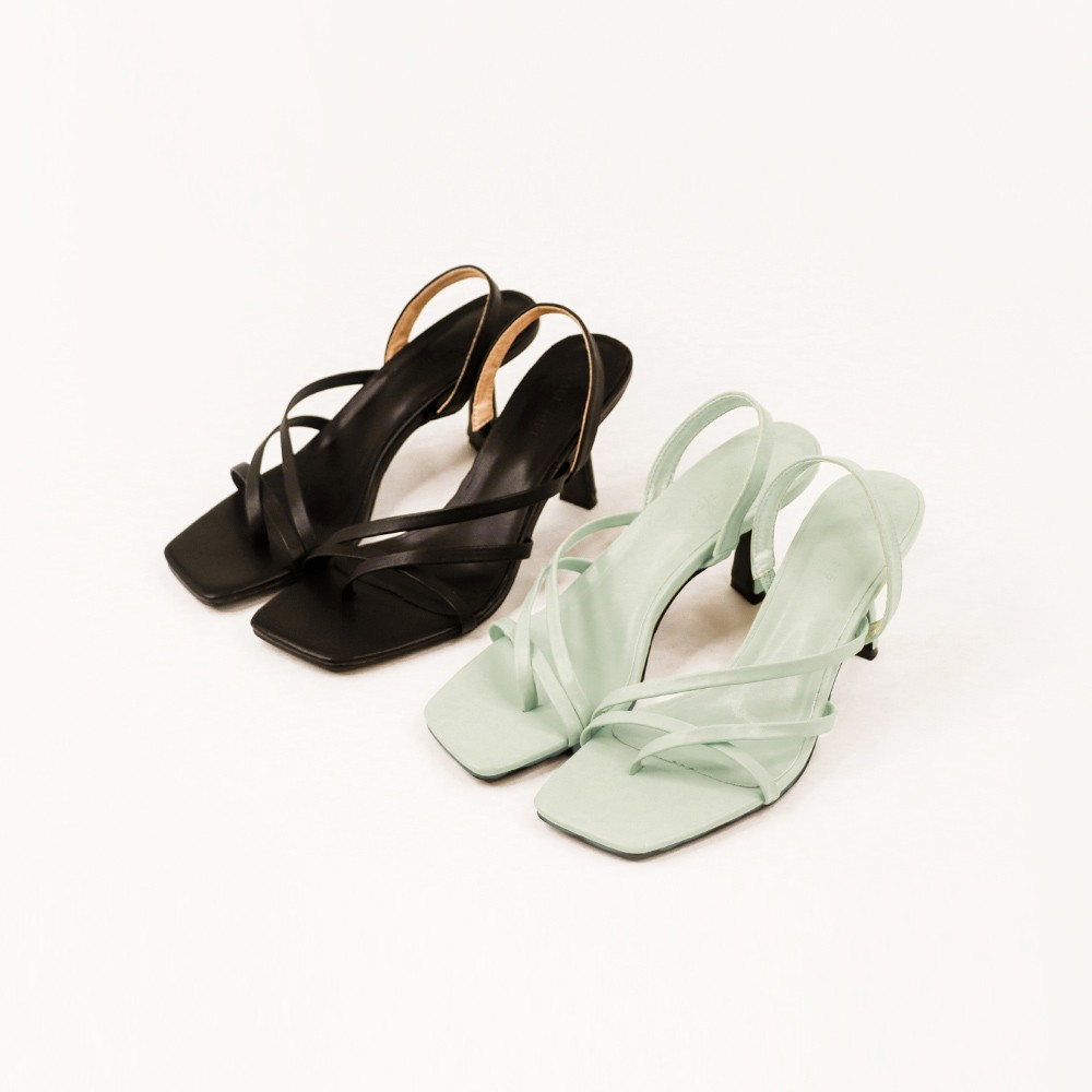 Grace gift-雙斜帶夾腳高跟涼鞋