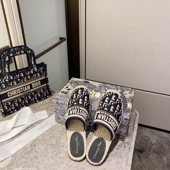 Dior 迪奧刺繡漁夫鞋半拖 吹爆這雙DIOR漁夫鞋 2020新款DIOR BLIQUE圖案提花刺繡漁夫鞋.王子文同款