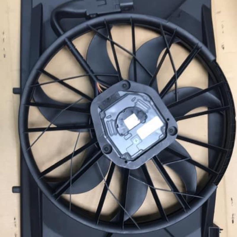 賓士W211 水箱風扇總成(分400w/600w)原廠再生件