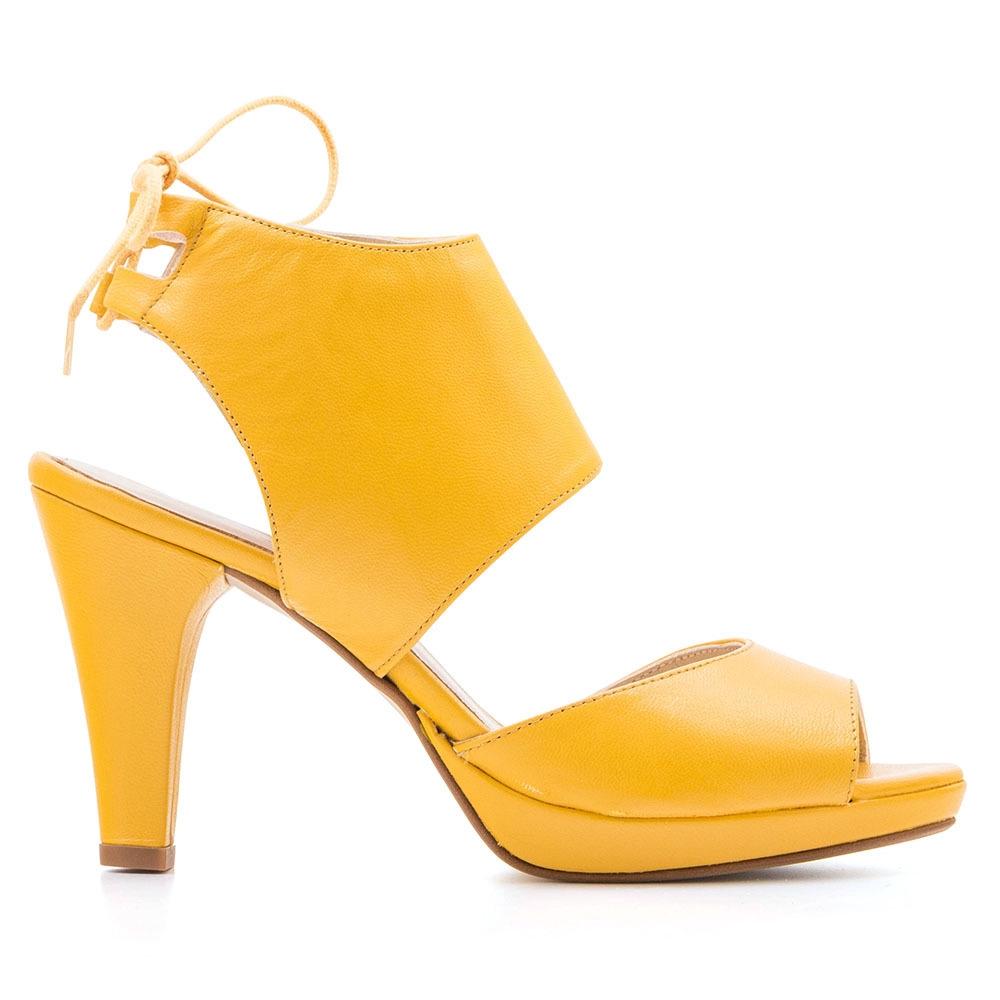 ELODIE 真皮縷空綁帶高跟鞋-黃