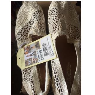 TOMS 女經典蕾絲縷空帆布鞋