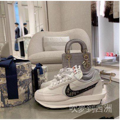 熱賣款下殺耐吉NIke x Sacai x Dior聯名 華夫迪奧雙勾雙鞋舌休閒慢跑鞋 透明呼吸網紗 男女休閒鞋