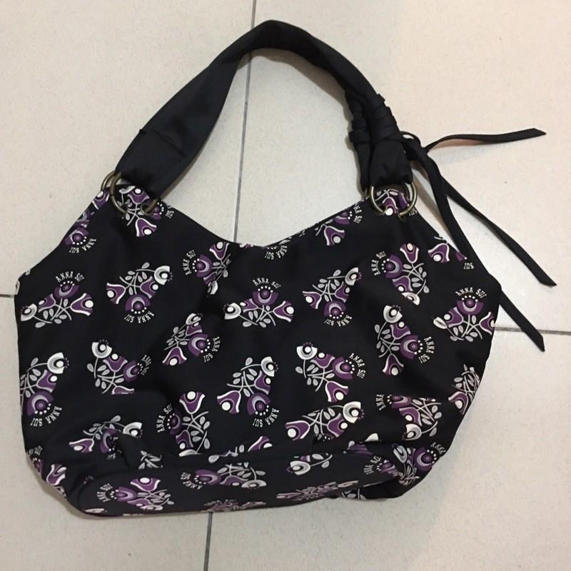 二手安娜蘇Anna Sui黑色紫花布質肩背包蝴蝶拉鍊頭,台北面交