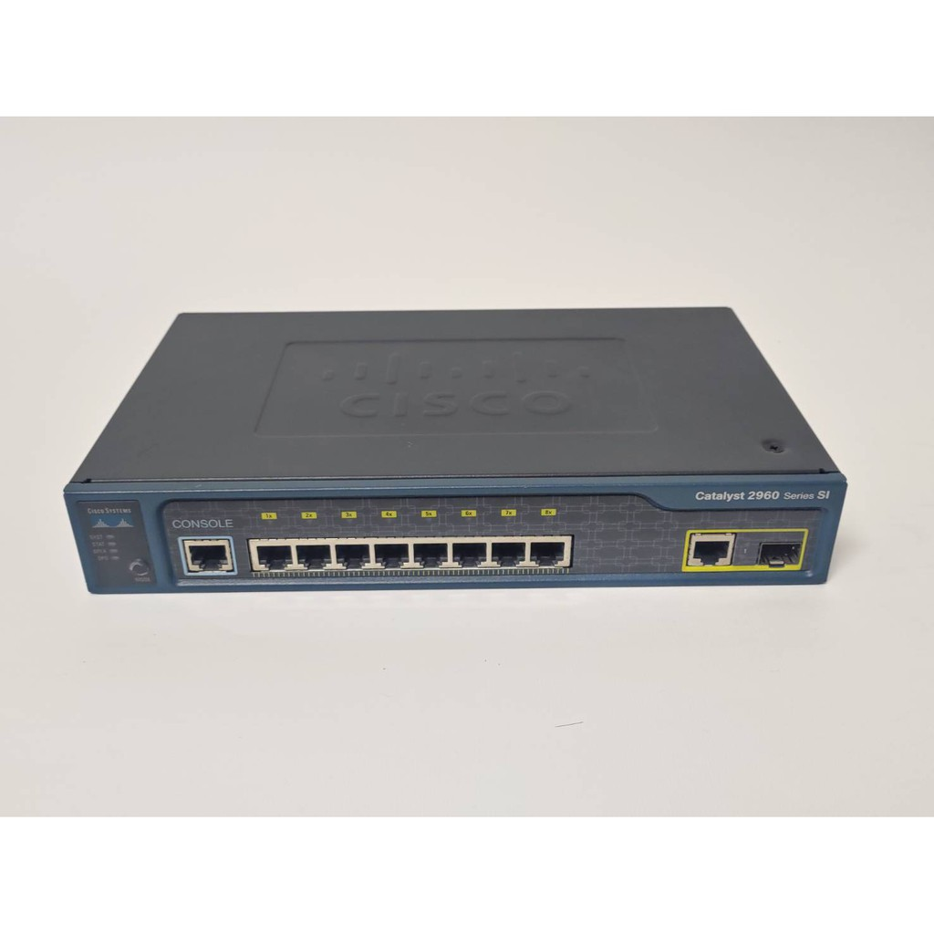 CISCO WS-C2960-8TC-S V03