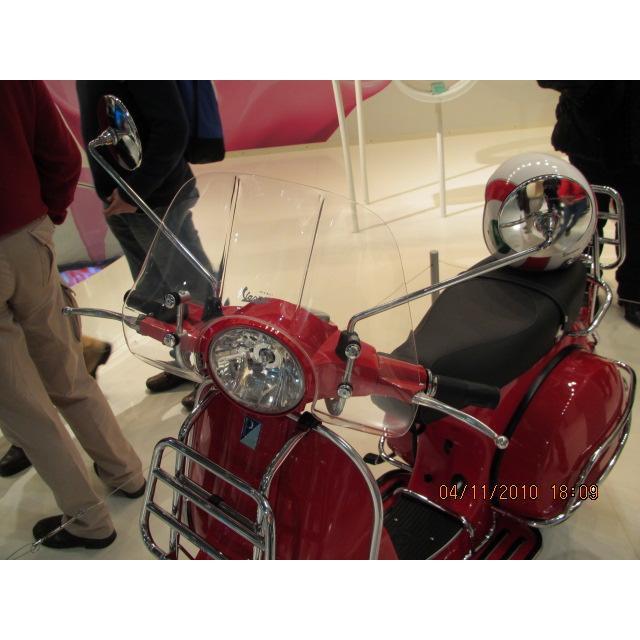 旭東偉士牌零件店...VESPA 偉士牌 義大利 原廠 P150X.PX150E 小風鏡 含腳架