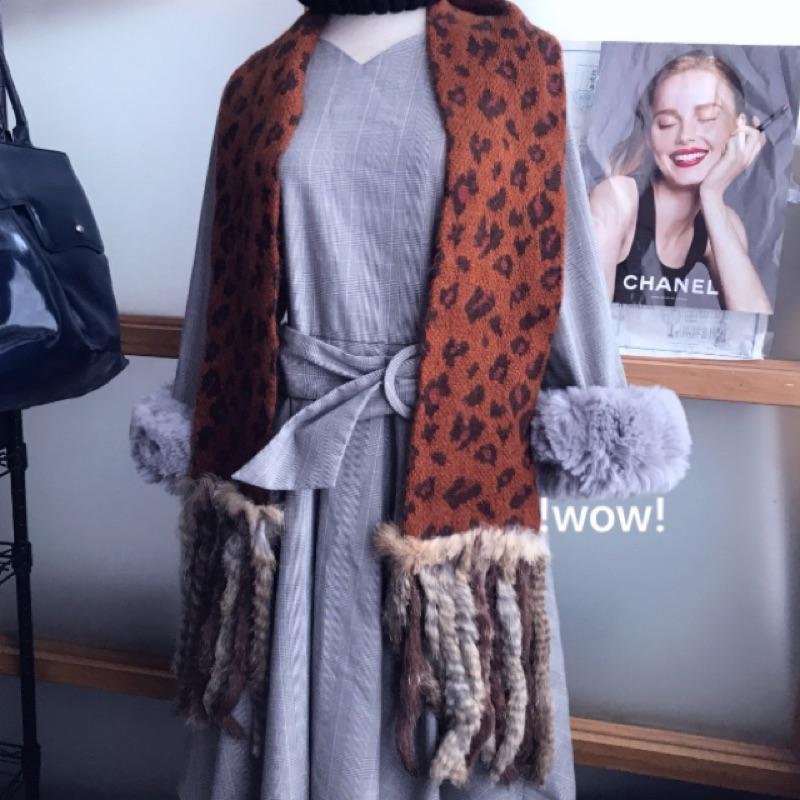 現貨 日本製🔴 WOW🔴 日本帶回 限定奢華 正品 ANNA SUI 手工 真皮草 安哥拉羊毛 瀨兔毛 柔軟 豹紋 圍巾