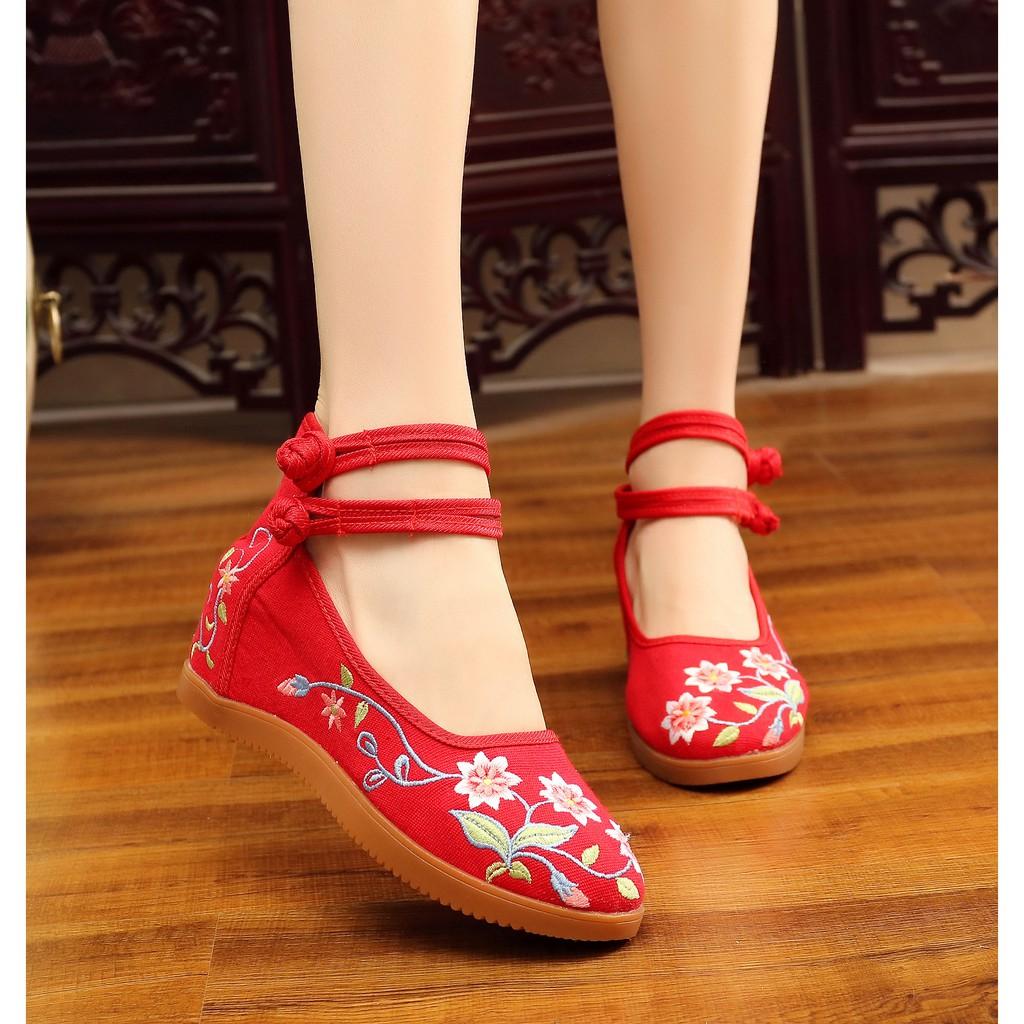 現貨下殺 綻放7厘米繡花鞋 內增高女鞋民族風廣場舞鞋 女單鞋