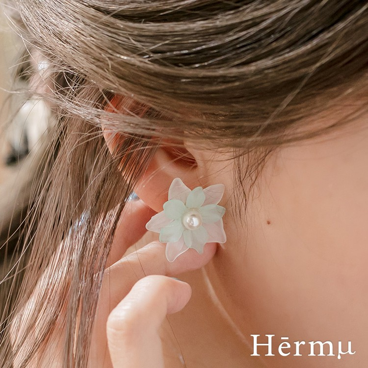 Hermu Accessories 設計款-雙色輕透花朵耳環(2色)-30409