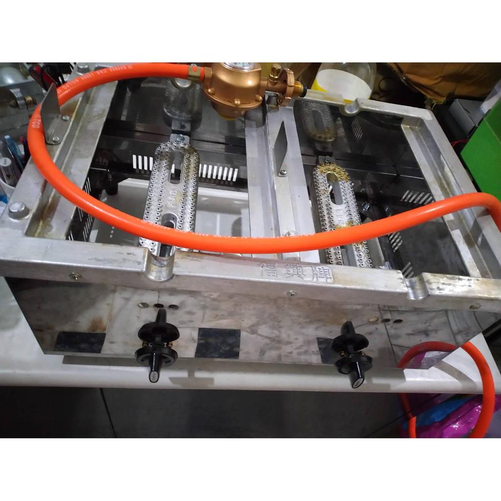 二手福興牌雞蛋糕爐具,另含模具、瓦斯管線、瓦斯量表,整套5000。