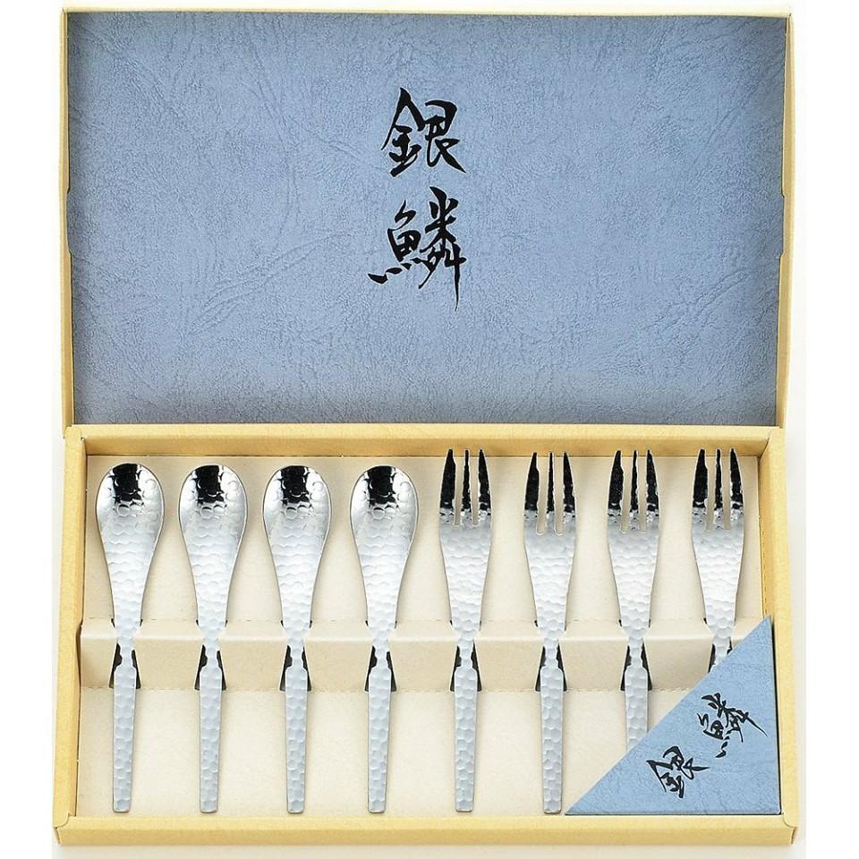 日本製銀鱗槌目餐具組一盒8入