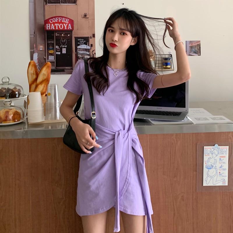 洋裝 短袖連衣裙 紫色衣服 紫色裙子 黑色裙子 韓版設計感小心機收腰顯瘦不規則系帶短袖連衣裙