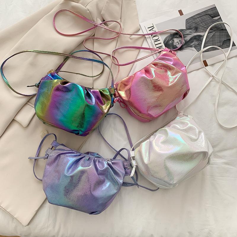 【免運】新品ins雲朵包 超火女生彩色亮面褶皺水餃包 單肩斜跨女包時尚手機包