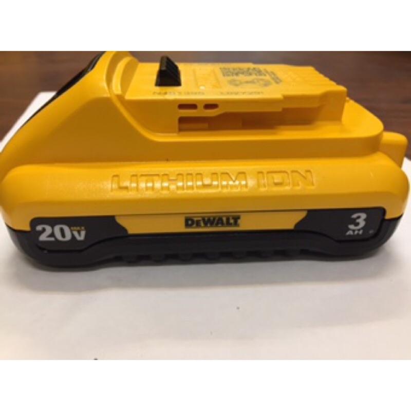花電新鮮貨 新款 DEWALT 得偉 18V/ 20V DCB230  3.0A  鋰電池 帶電源顯示