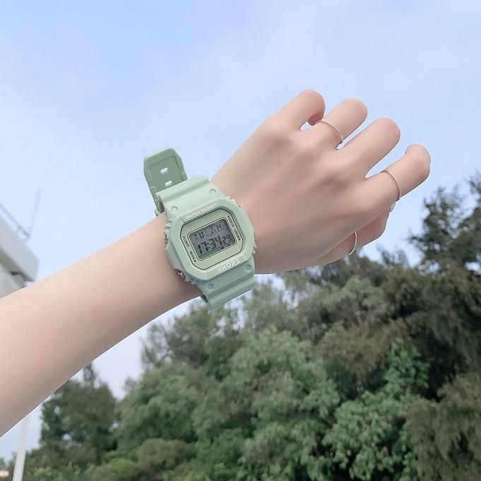 🔥 🔥卡西歐同款數字手錶 GM-S5600 不銹鋼運動黑暗騎士黑色情節手錶女士中性根據幼兒園