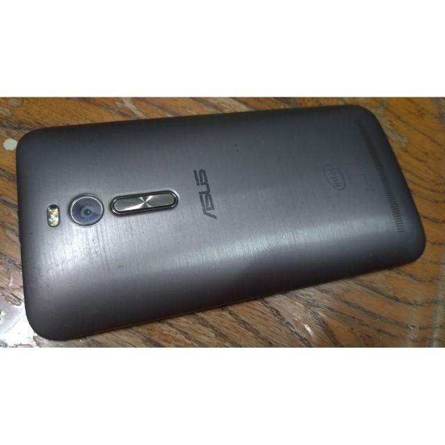 Asus Zenfone 2 ZE551ML Z00AD 5.5吋 2g32g 華碩超值4G手機 二手機中古機  空機