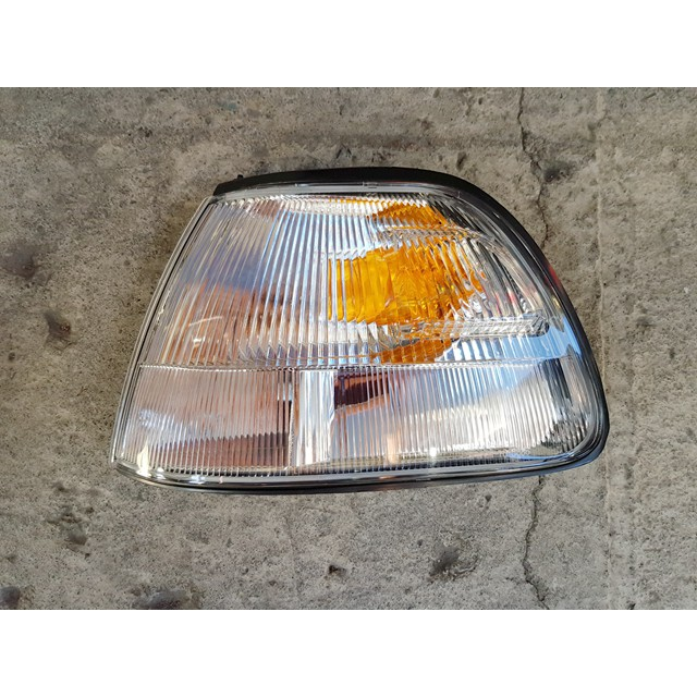 SURF 99-00 瑞獅 ZACE 角燈.方向燈 台製全新品