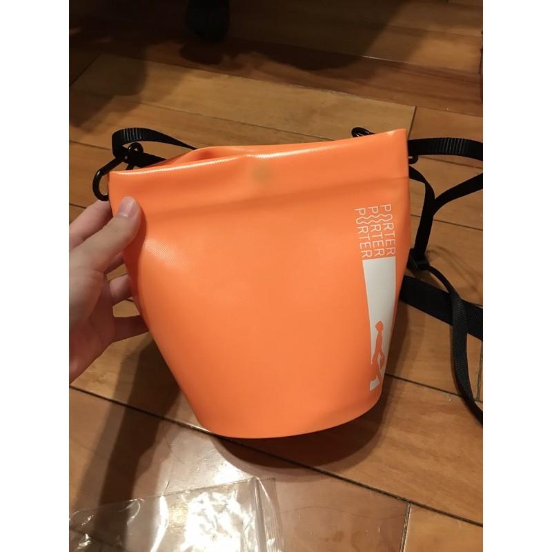 porter 防水包 附背帶