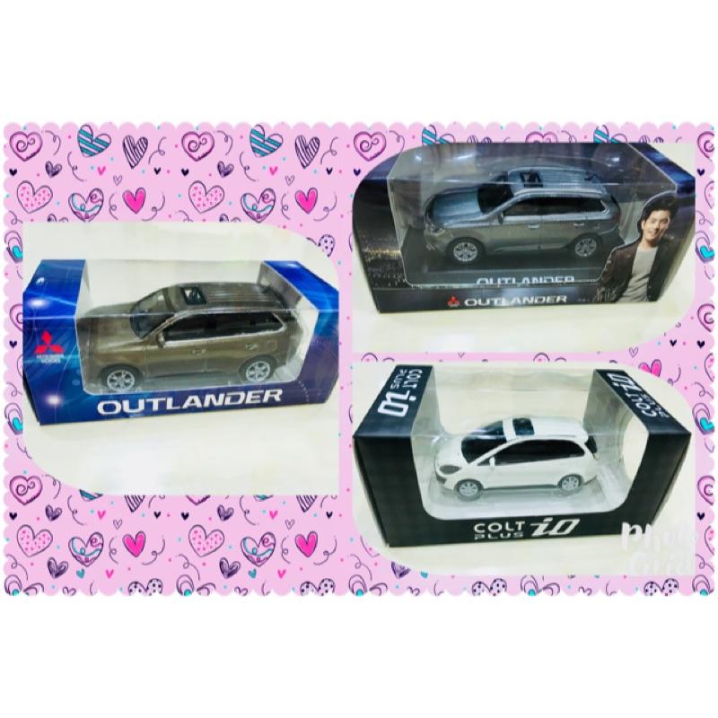 全新-outlander模型車 模型車 迴力車 玩具車 Mitsubishi模型車 兒童節禮物 生日禮物
