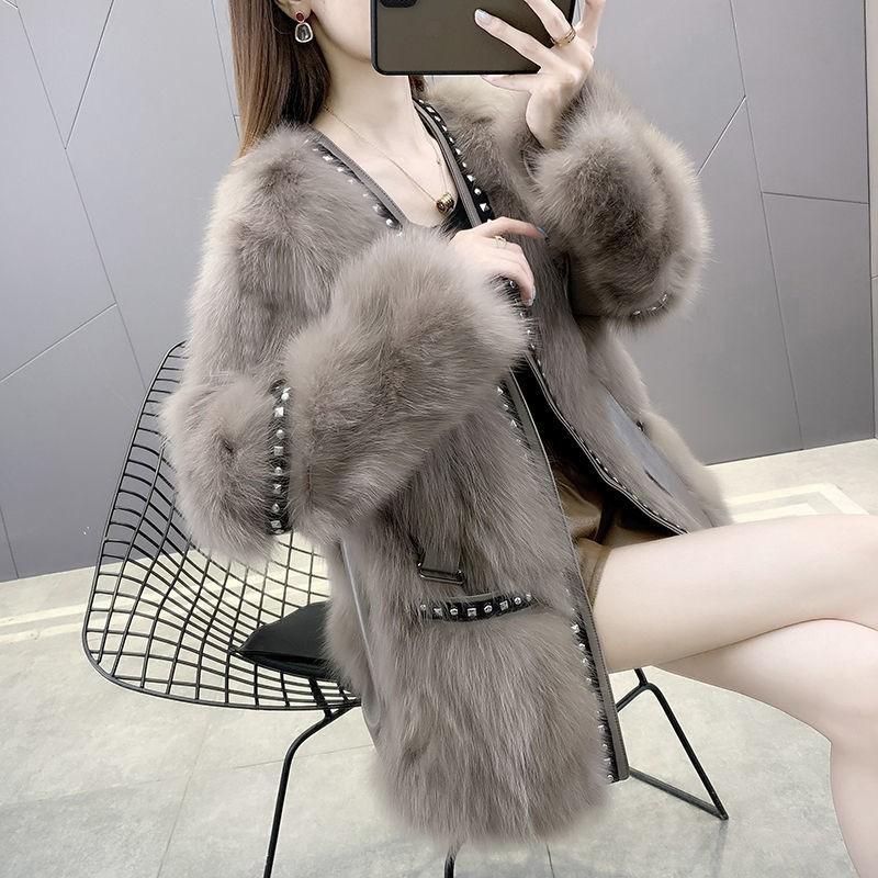 仿狐貍毛皮外套女中長款2020秋冬新款鉚釘系帶皮毛一體加厚大衣