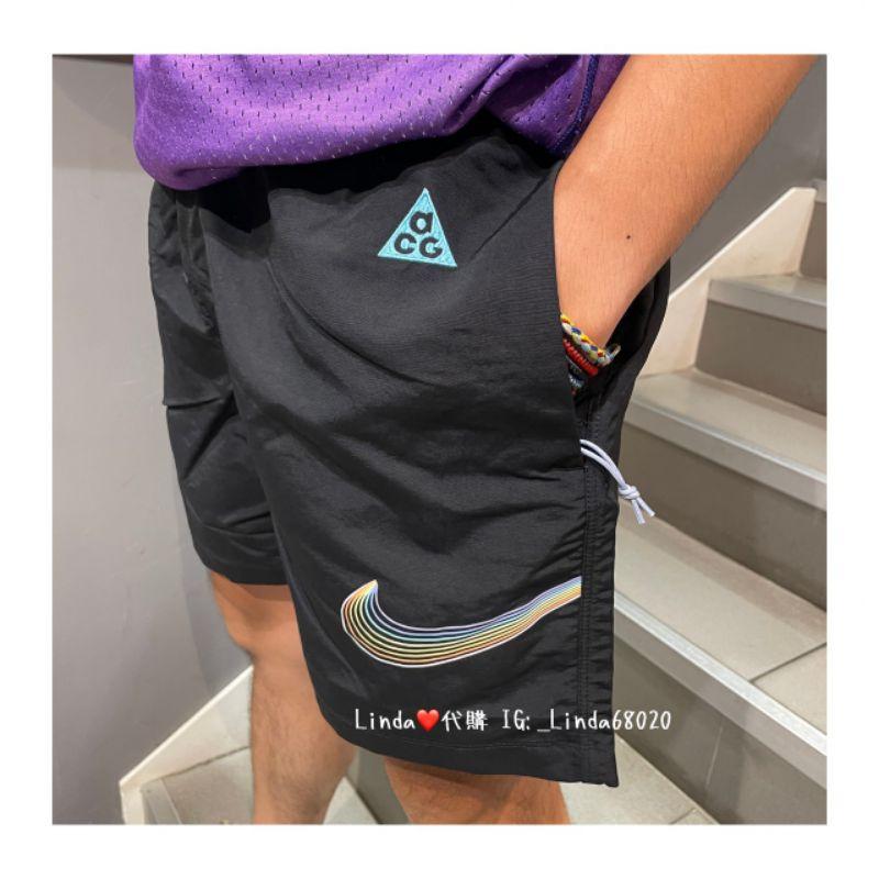 Linda❤️代購 現貨  NIKE ACG BETRUE 黑色 彩虹 彩色大勾 磁釦 尼龍 短褲 DJ1428-010