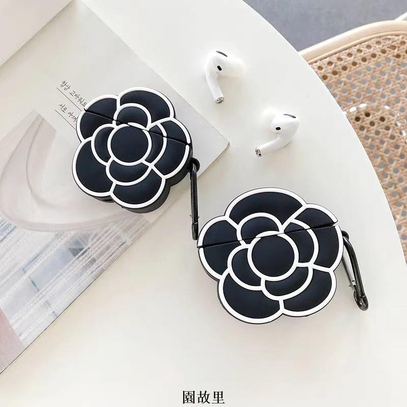 【園故里】『Chanel香奈兒山茶花』適用於 AirPods1/2 保護套 蘋果耳機AirPods Pro保護套 全包