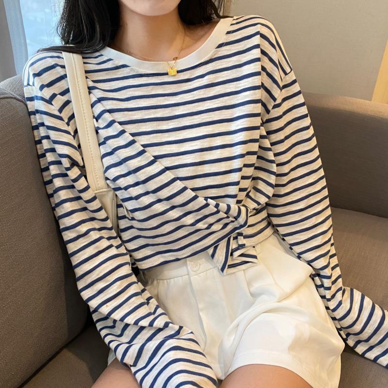 【現貨】條紋長袖t恤寬鬆顯瘦ins潮學院風減齡時尚百搭休閒圓領套頭上衣女