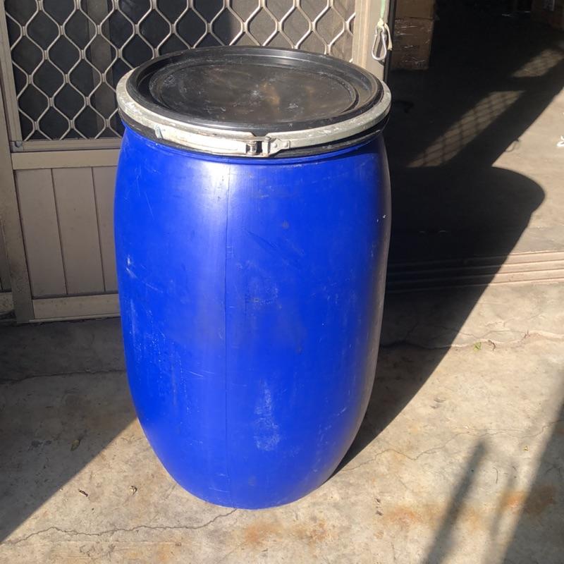 120公升蓄水桶空桶附蓋肥料桶密封桶原料桶塑膠桶萬用桶酵素桶化學桶廚餘桶耐酸桶堆肥桶垃圾桶儲水桶攪拌桶收納桶飼料桶運輸桶