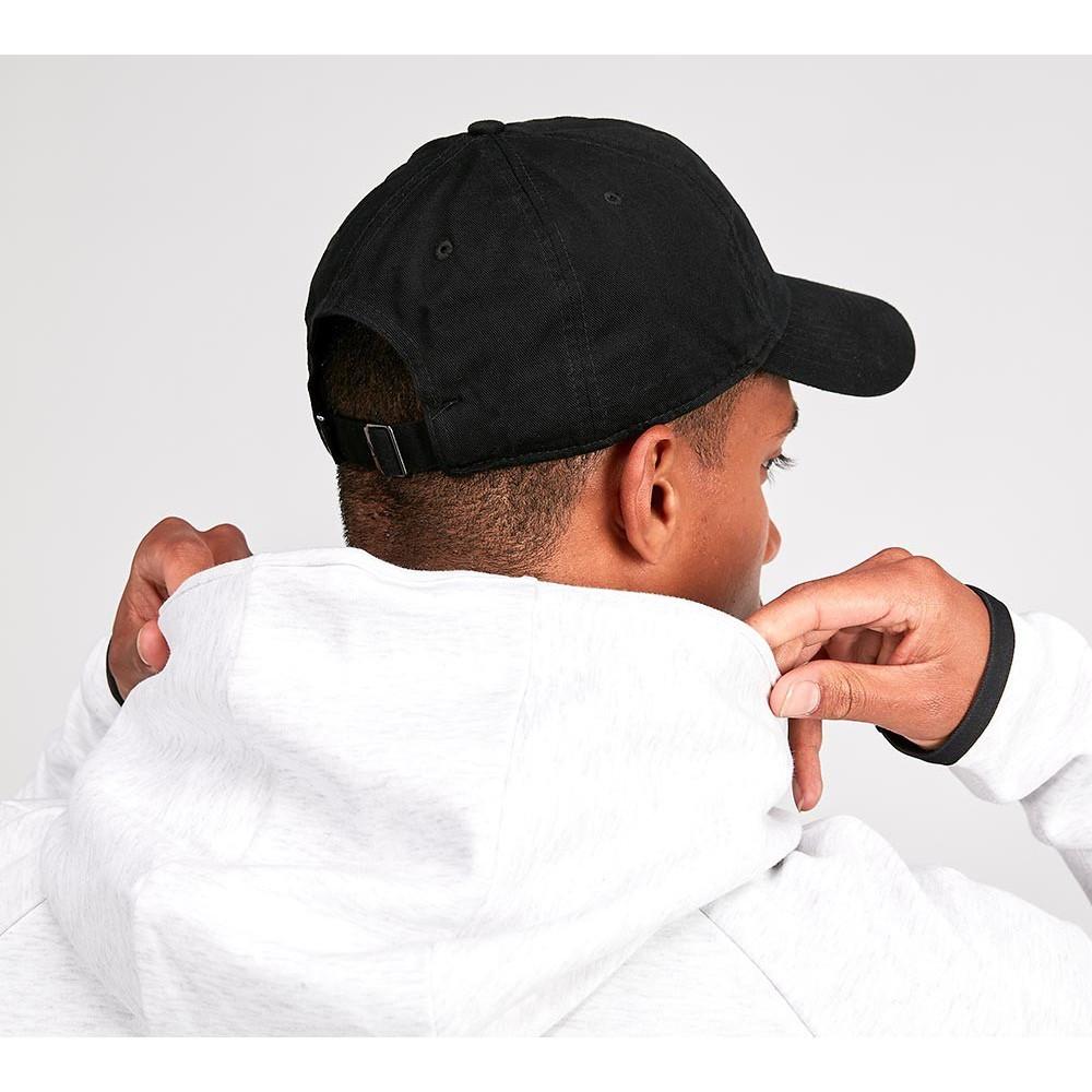 best sneakers 5d9f5 657d2 NIKE Heritage 86 Essential Swoosh Cap 黑色老帽鴨舌帽OG