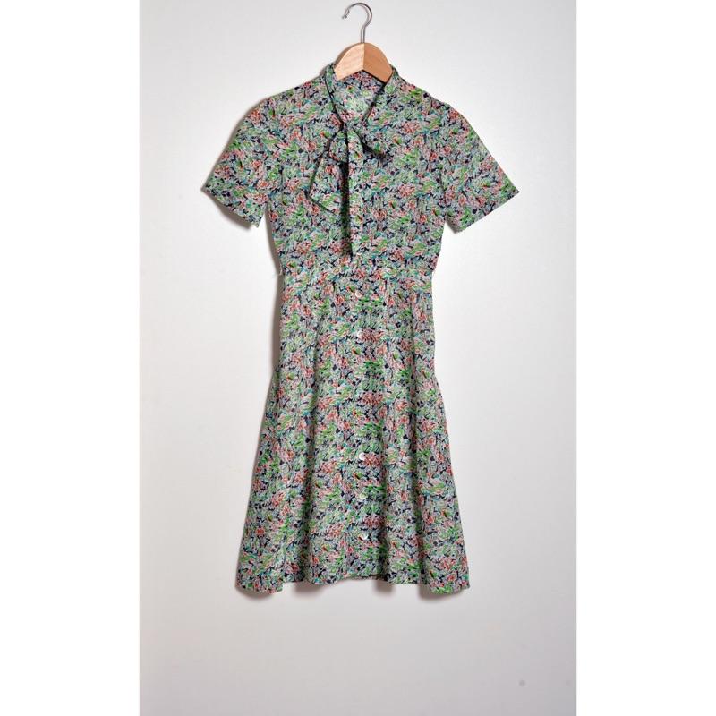 復古棉麻透氣領口綁帶洋裝