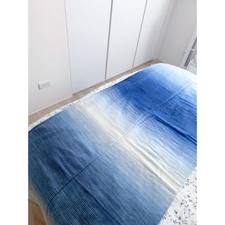 僅此一件(原價6000)1929彼得兔 雙人毯 (日月之雲披毯)全新吊牌在,觸感極好,可做沙發毯 新北市