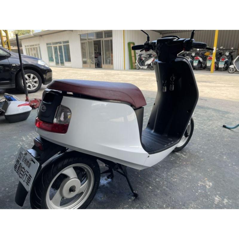 中華電動車 emoving shine em25