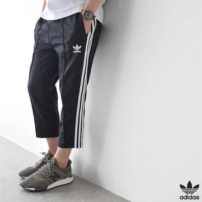 adidas originals relax-cropped 黑色全新
