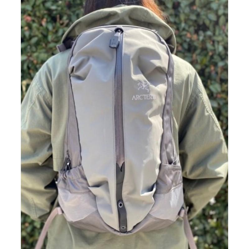 [ HUGE ]中原商圈 ARC'TERYX × BEAMS Arro 22 Backpack 後背包 運動背包 登山包