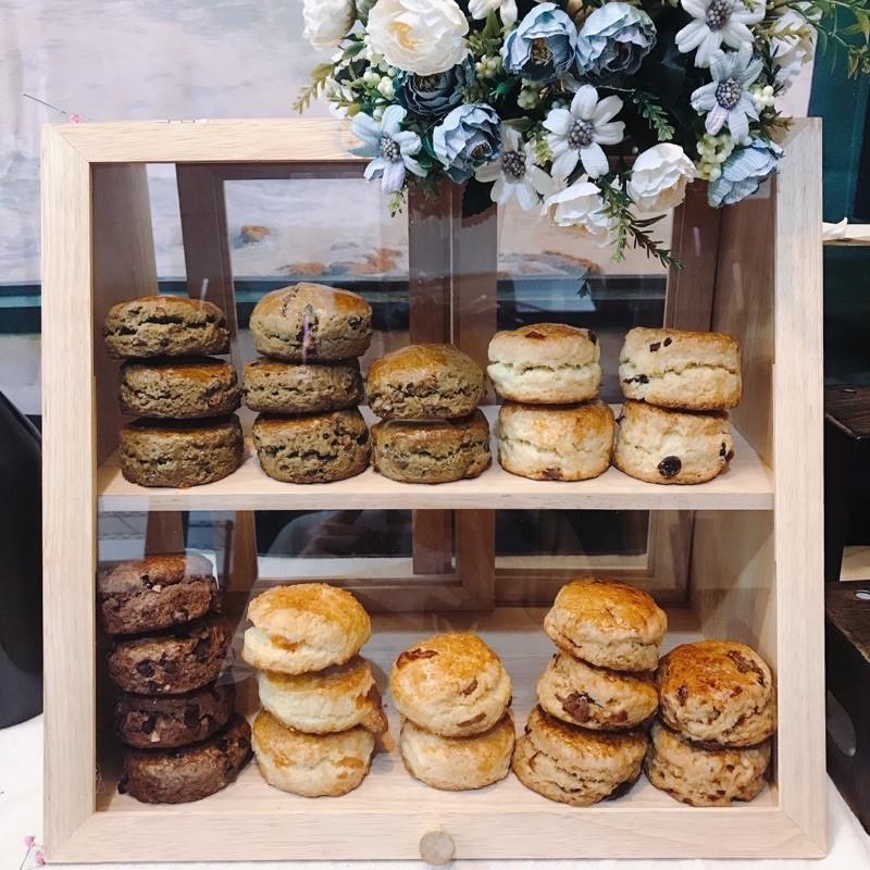 展示櫃 麵包箱 麵包櫃 擺攤 收納櫃 木質麵包櫃 蛋糕櫃 木製收納 禮盒 甜點盒 甜點展示櫃 雞蛋糕  甜點展示籃