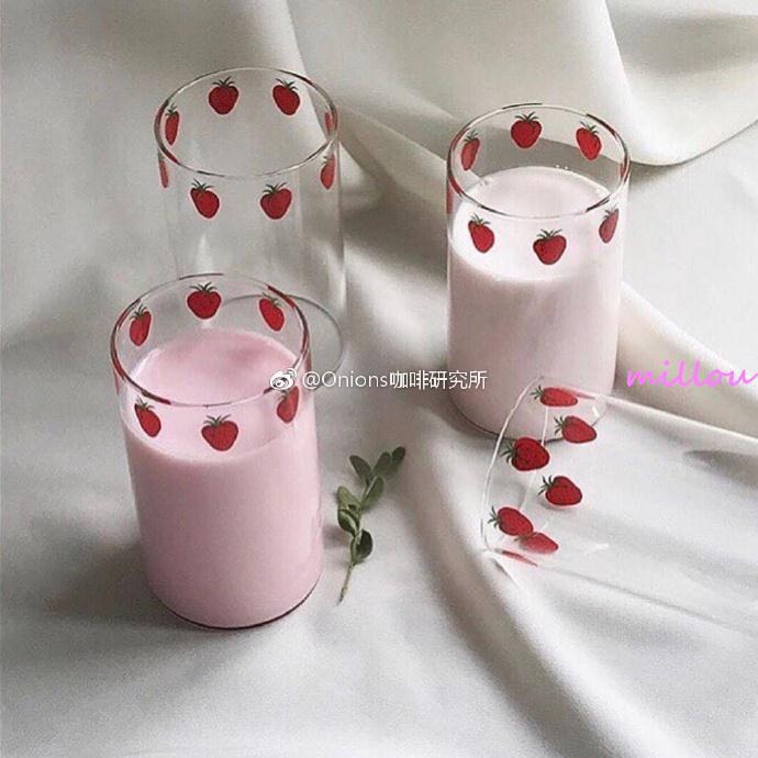millou漫畫版NANA草莓玻璃杯 高硼硅耐熱玻璃 可愛草莓牛奶杯 漫畫周邊