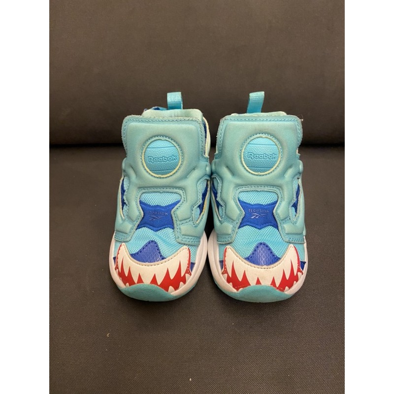 二手Reebok兒童鯊魚走路鞋