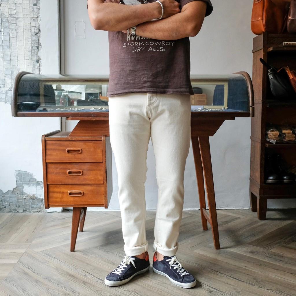 COF Studio 人氣褲型 M7修身小腳 意產13oz Candiani白色單寧褲