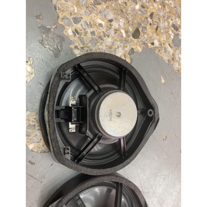 Honda  CRV3 4.5  拆下原廠音響喇叭6吋一組CRV3 CRV4 FIT  Accord HRV 有斷一個腳