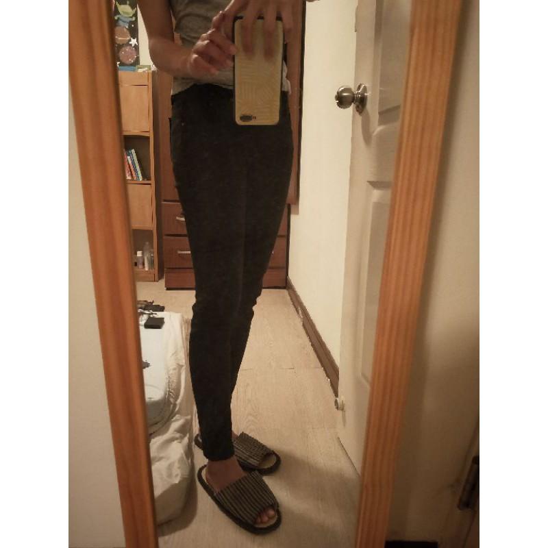 Tank Jeans黑色緊身低腰牛仔褲