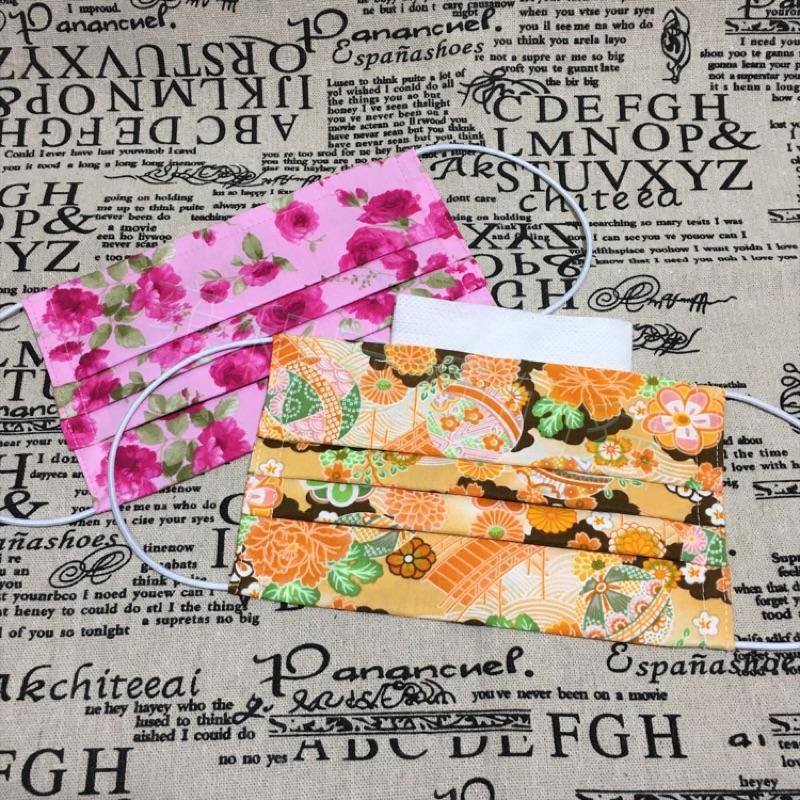 可放濾材棉口罩(粉紅玫瑰、和風橘色)可放鼻樑片,附一片濾材