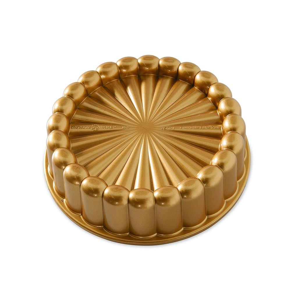 Nordic 蛋糕盤 Ware Charolette Cake Pan B079QPFDGB
